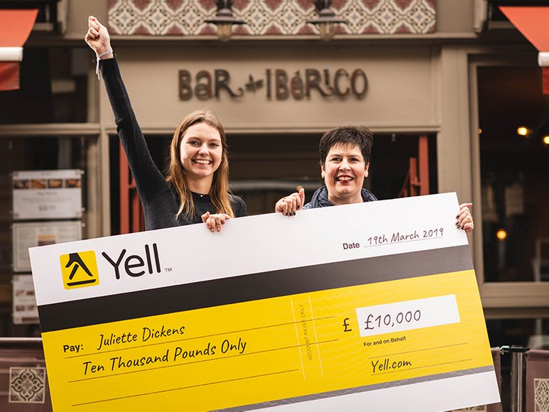 Winner of Yell app prize draw, Juliette Dickens, with Head of PR at Yell, Sarah O'Rafferty outside Bar Iberico in Nottingham
